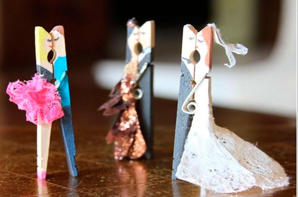 Creatividad los ganchos de madera no sirven solo para for Madera para colgar ganchos