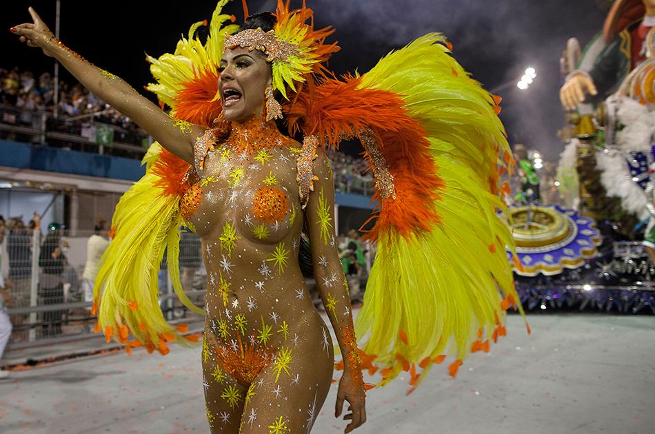 Rio carnival booty — pic 10