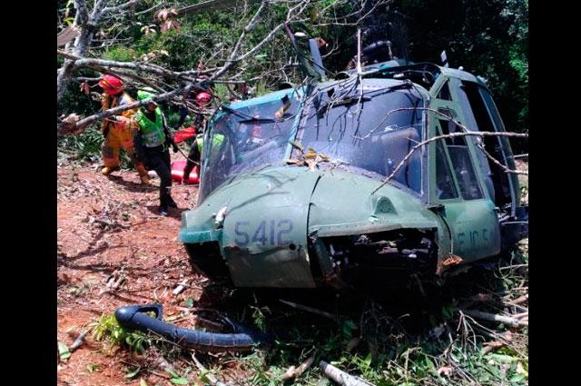 Helicóptero del Ejército se accidentó en Copacabana: reportan, al menos, seis lesionados