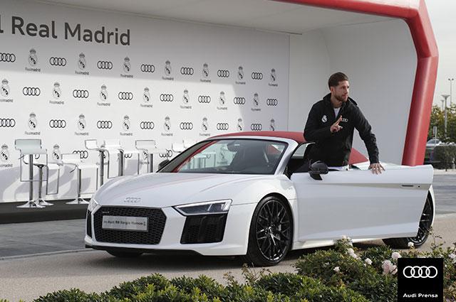 Los jugadores del Real Madrid andan a pata